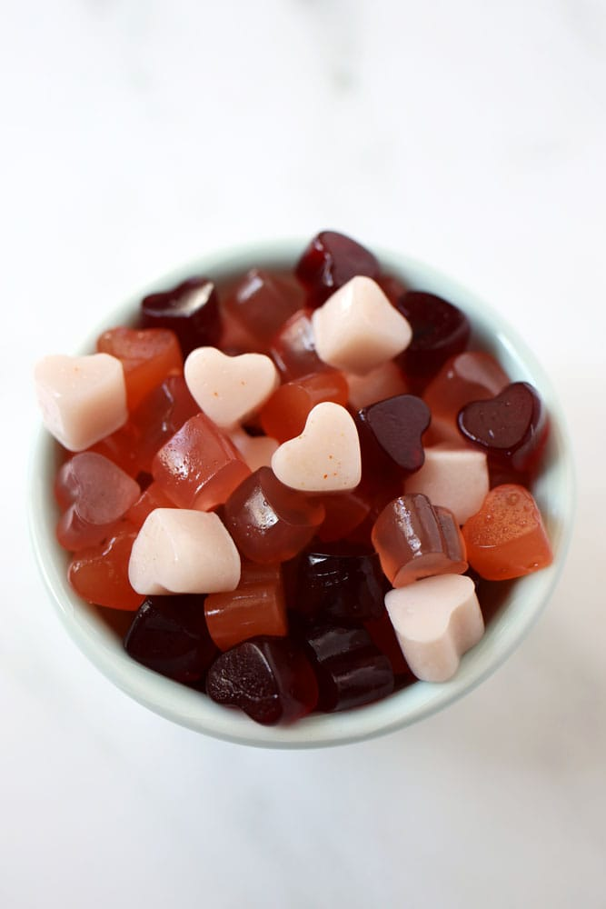 gut healing gummies in a small white bowl